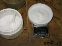 Взвешиваем 15 грамм хлорида олова SnCl2*2H2O